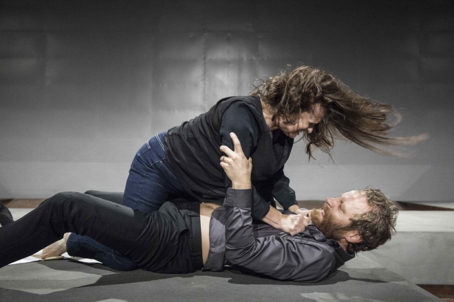 Maria Kulle (Marianne) and Erik Borgeke (Johan). Photo: David Skoog
