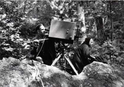 The Seventh Seal_behind_Bergman_Ekerot_English
